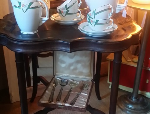 Juego de café Art Déco. Porcelana Coimbra.