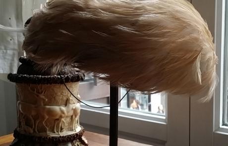 Tocado plumas salvajes. Francia 40's
