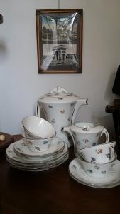 Juego de café Art Déco. Porcelana de Limoges.  Firmada Chapus et Fils